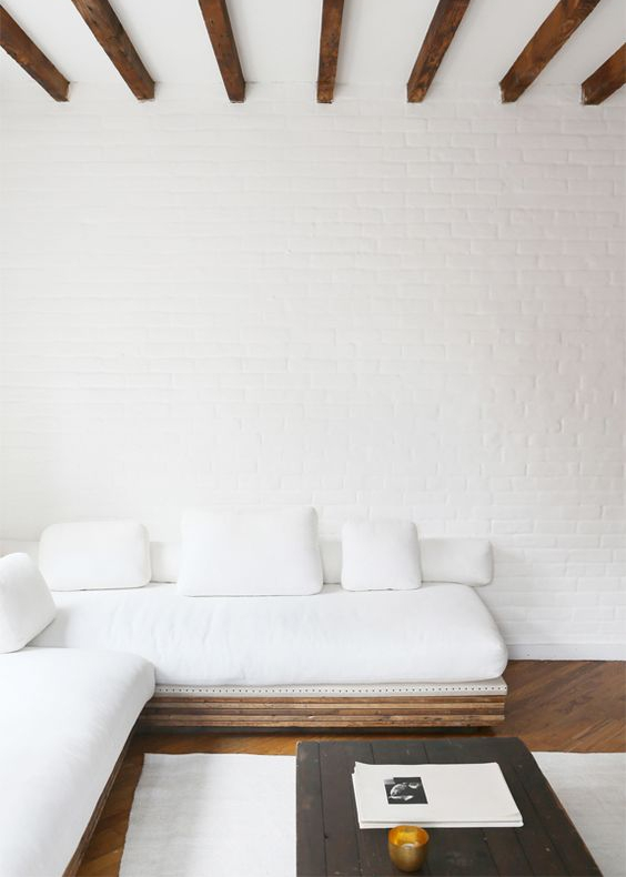 How to stay on trend with these 10 pieces of minimalist furniture?