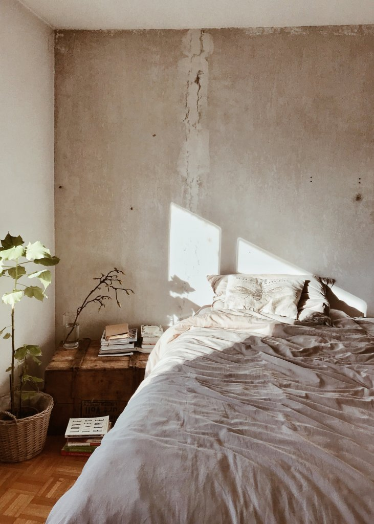 How to get the industrial home decor look in every room?
