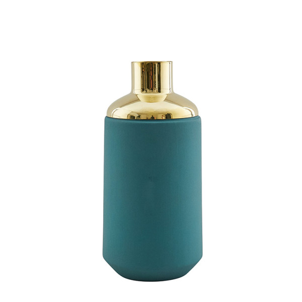 Green Drinking Container