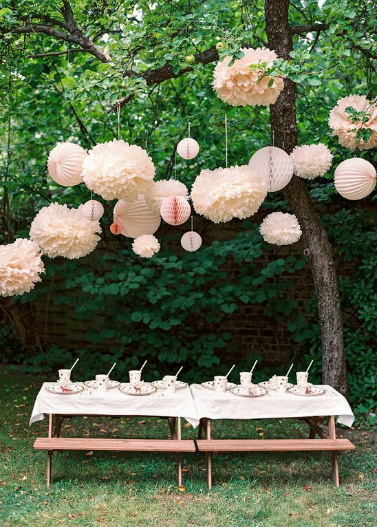 How to host an August Bank Holiday garden party?