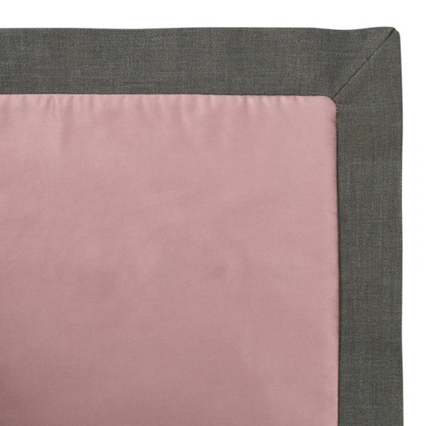 Pink Bed Throw in Cotton