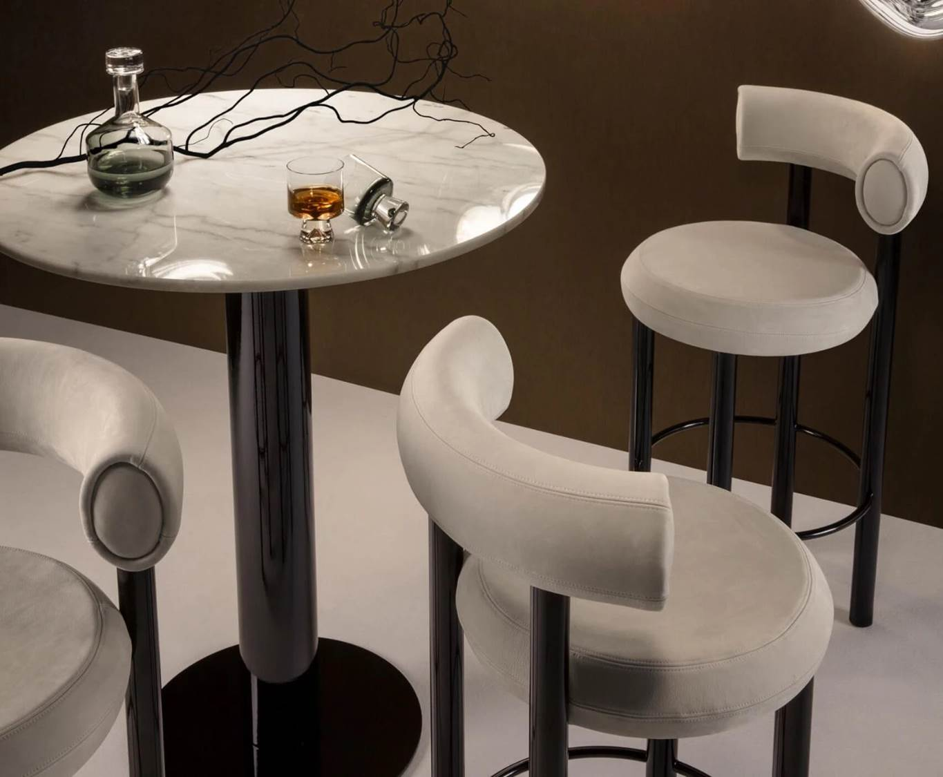Tube High Table White Marble Top 900mm